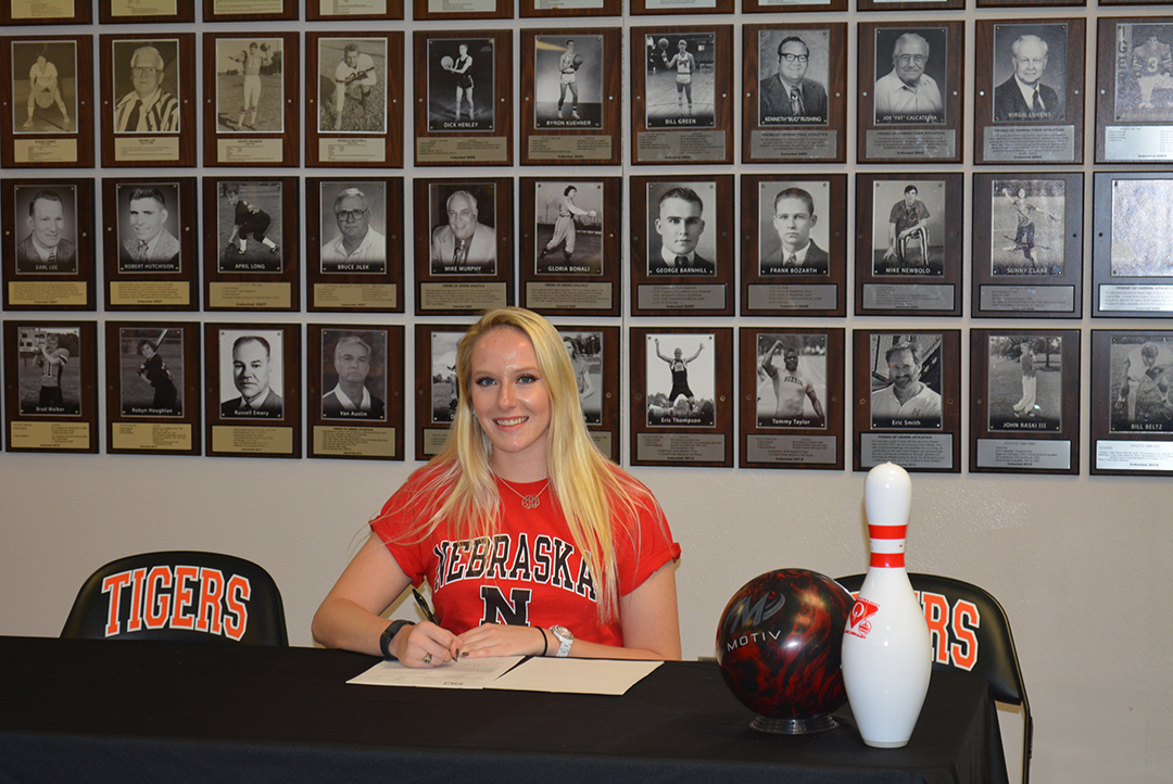 Cassidy Ray signs her National Letter of Intent to continue her bowling career with the University of Nebraska-Lincoln.